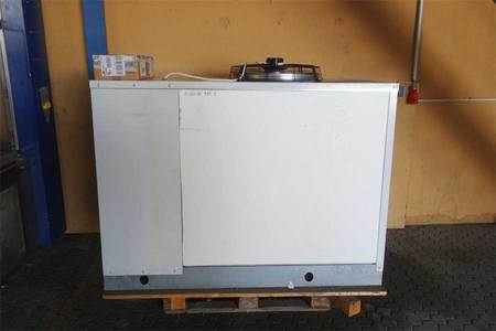 Cooling unit for vaccuum pumpe